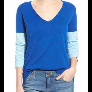Vince Camuto Blue Color Block V-neck Sweater Size Large